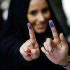 İran'da meclis seçimlerinin ikinci turu başladı