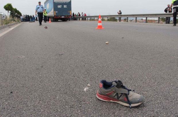 Manisa'da okuldan dönen Ömer'e araba çarptı