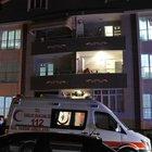 Evinin balkonunda intihar etti