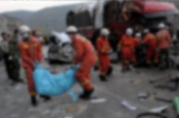 Çin'de trafik kazası: 13 ölü, 12 yaralı