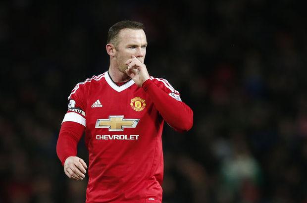 Rooney'e 10 yaşında bile omuz atan düşüyormuş!