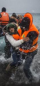 İtalyan yetkililer çok sayıda mülteci kurtardı ama..