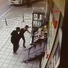 Esenyurt'ta market sahibine silahlı saldırı