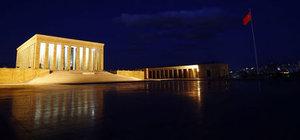 Anıtkabir'de akşam saatlerinde çekilen muhteşem görüntüler