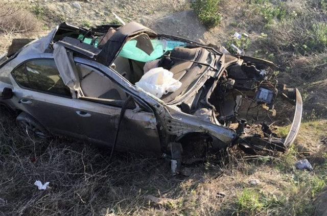Terör şüphesiyle aranan araç Ankara Polatlı'da kaza yaptı: 1 ölü