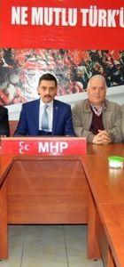 MHP Odunpazarı İlçe Başkanı ve Yönetim Kurulu üyeleri istifa etti