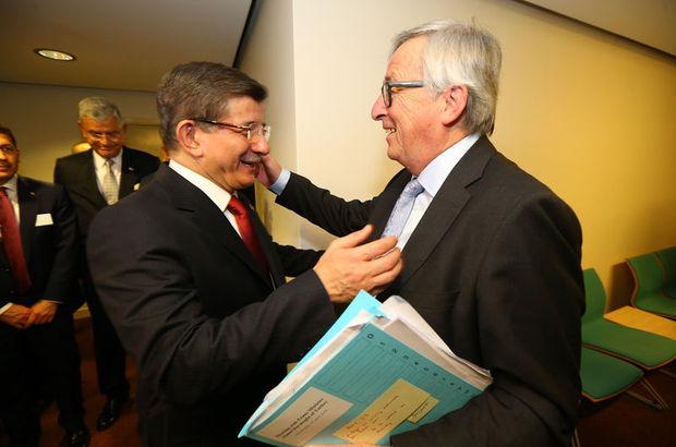 Davutoğlu, Juncker ile görüştü