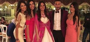 Cenk Tosun ve Ece Akgürbüz evleniyor