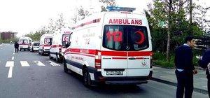 Ankara'da 13 kişinin bindiği otomobil kaza yaptı