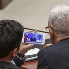 Meclis'teki vekiller Ahmet Davutoğlu'nu böyle izledi