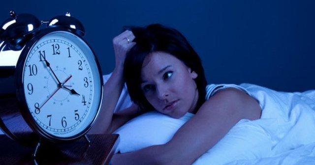 60 saniye içinde uyumanın yolları