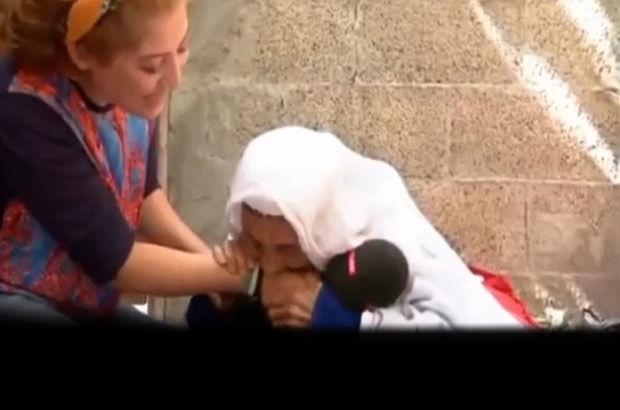 Muhabirin kolunu ısıran nine sosyal medyada olay oldu