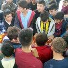 Trafik kurbanı Serhat Taş'ı son yolculuğuna arkadaşları uğurladı