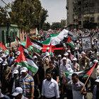Nekbe'nin 68'inci yıl dönümü için Filistinlilerden yürüyüş