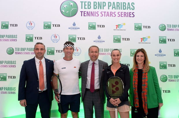 Martina Hingis ve Pat Cash