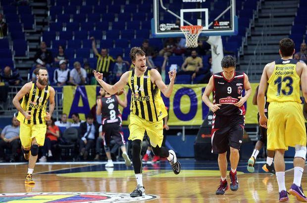 Fenerbahçe: 79 - Muratbey Uşak Sportif: 60