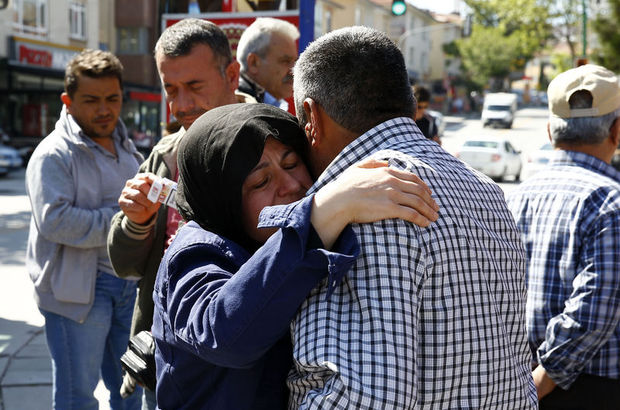 Şehit Özgür Kara'nın Ankara'daki babaevinde yas var