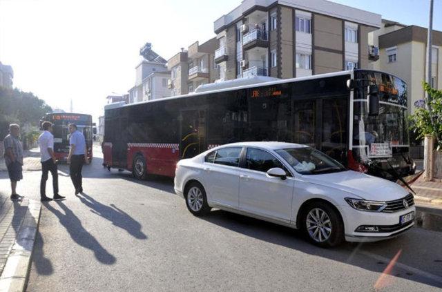 Polis Başmüfettişi Alaattin Özcan Antalya'da kaza yaptı