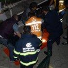 Eskişehir'in Porsuk Çayı'na düşen adam ölüm kalım savaşı veriyor