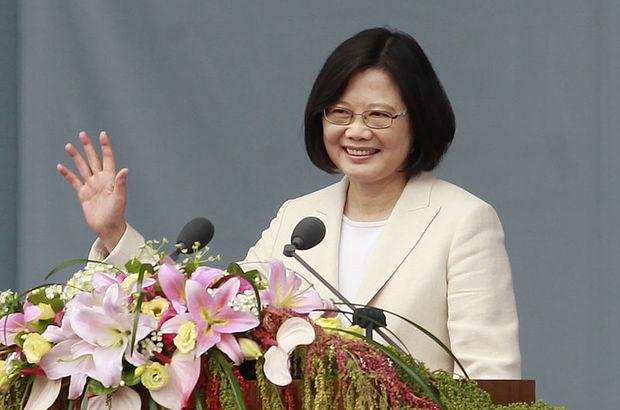 Tayvan'ın ilk kadın lideri Tsai Ing-wen göreve başladı
