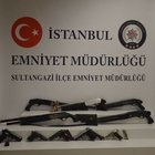 Sultangazi'de çuval içerisine saklanmış 5 tüfek ve 5 adet tabanca ele geçirildi