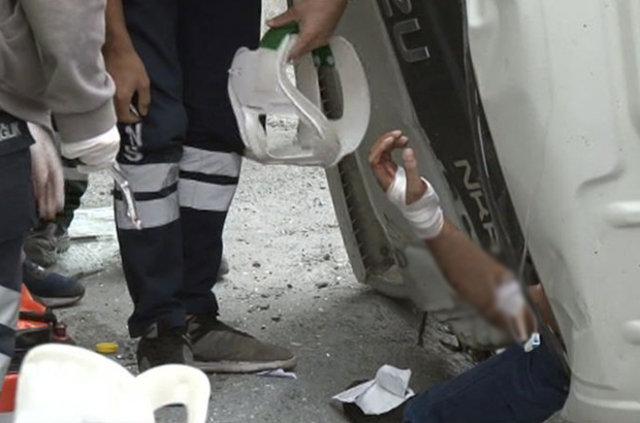 Bayrampaşa'da kazayı gören cep telefonuna sarıldı