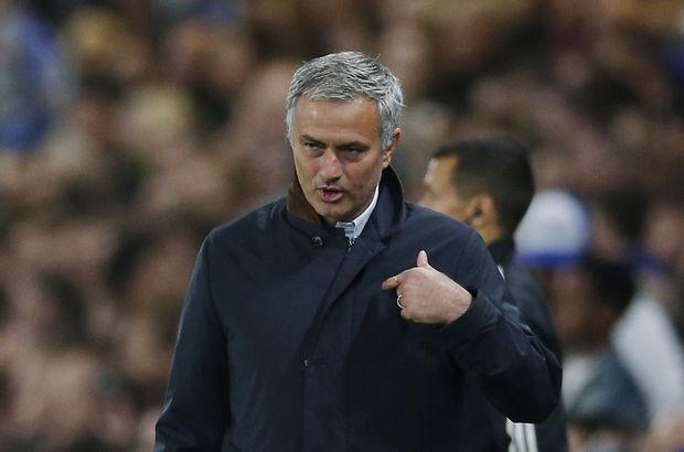 Manchester United, Jose Mourinho için gün sayıyor