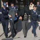 Yargıtay, tecavüzcülere verilen cezayı az buldu