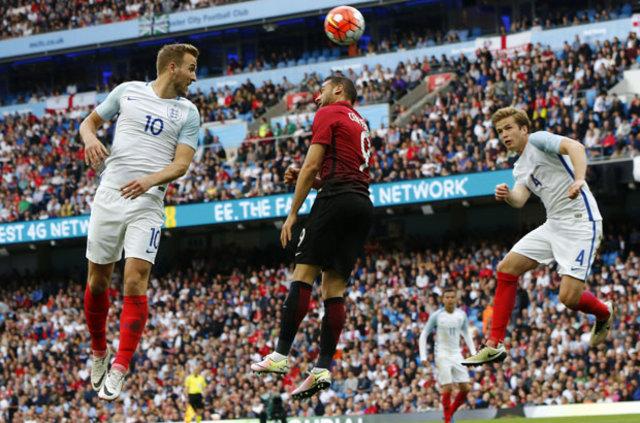 İngiliz Medya'yı A Milli Futbol Takımımızı EURO 2016'da neler yapabileceğini yazdı