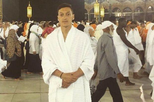 Mesut Özil, Mekke'yi ziyaret etti
