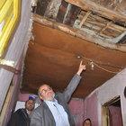 Tokat'ta tavanı çökmek üzere olan evde yaşam mücadelesi