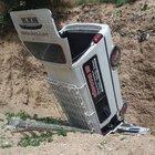 Tokat'ta inşaat temeline araç düştü