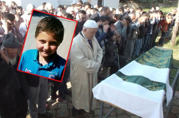 Sakarya'da okulda beyin kanaması geçiren öğrenci öldü
