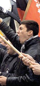 Avrupa aşırı sağcı ve ırkçı partiler yükselişte