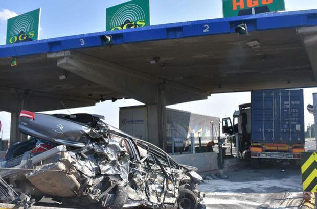 Çorlu'da HGS, OGS kararsızlığı kaza yaptırdı: 3 yaralı