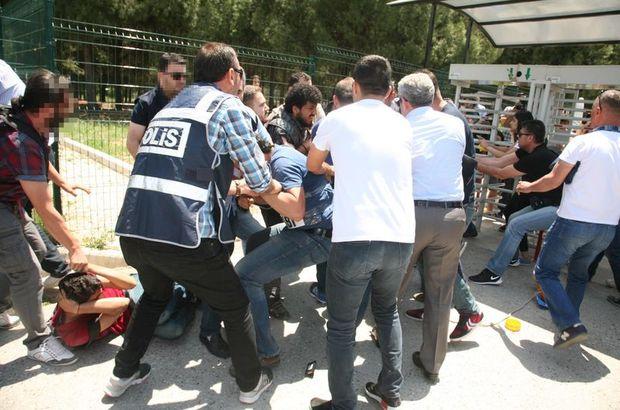 Ege Üniversitesi'nde 17 öğrenci gözaltına alındı