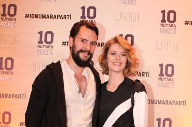 Burcu Biricik ile Cem Karcı'dan 10 numara parti