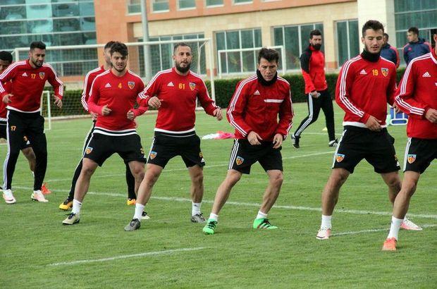 Kayserispor kadrosunda 9 futbolcu kaldı