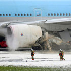 Kore uçağının kalkışta motoru alev aldı