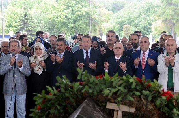 Adnan Menderes, 27 Mayıs'ın yıldönümünde anıldı