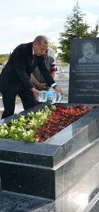 Erdoğan Kırşehir'de Neşet Ertaş'ın mezarını ziyaret etti