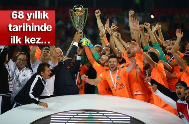 Alanyaspor 1-1 Adana Demirspor   Alanyaspor penaltılarla Süper Lig'de