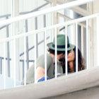 Birkan Sokullu ile Berrak Tüzünataç'ın balkon romantizmi