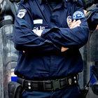 Eşine şiddet uygulayan 149 polis açığa alındı