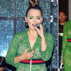 Demet Akalın ile Rihanna pişti oldu