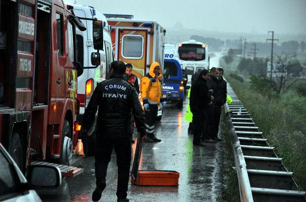 Çorum'da otobüs devrildi: 21 yaralı