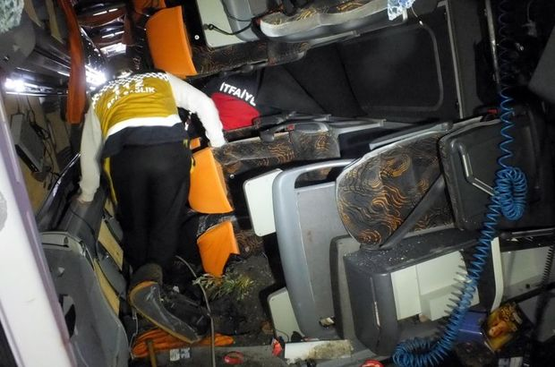 Yozgat'ta yolcu otobüsü devrildi: 3 ölü 30 yaralı