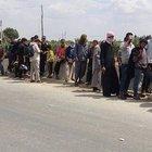 DAEŞ Azez'e yaklaştı Afrin'e göç başladı