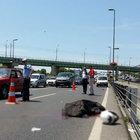 E-5 Merter'de otomobil ile bariyerlerin arasına sıkışan genç öldü