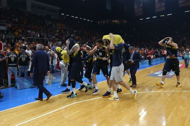 Fenerbahçe'den derbideki olaylara tepki